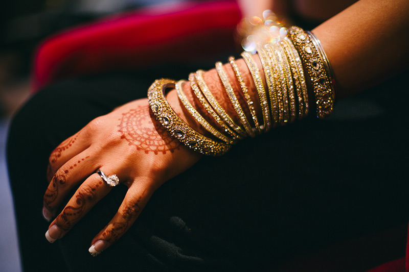 bridal bangles Indian wedding